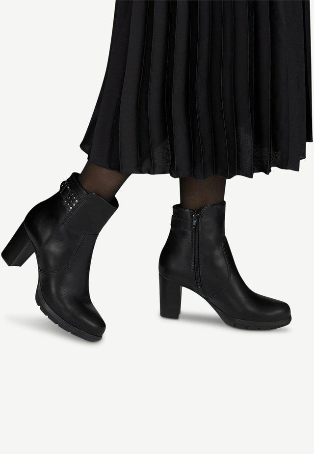 Botines de tacón - black