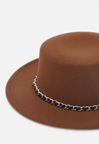 Uncommon Souls - UNISEX - Hatt - brown - 3