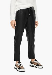 s.Oliver BLACK LABEL - Leather trousers - black - 3