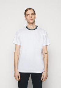 PS Paul Smith - MENS REG FIT - Basic T-shirt - white - 0