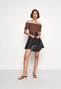 ONLY - ONLVIBE SKATER SKIRT - A-line skirt - black - 1