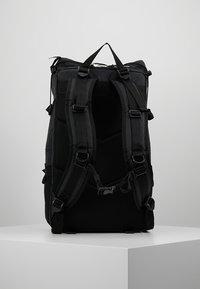 Indispensable - BACKPACK BUSTLE  - Sac à dos - black - 2