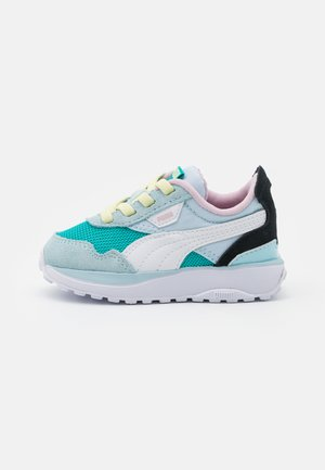 CRUISE RIDER ROAD AC - Sneakers - viridian green/aquamarine
