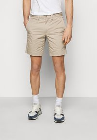 Polo Ralph Lauren - STRAIGHT FIT BEDFORD  - Shorts - khaki/tan - 0