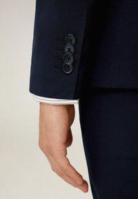 Mango - BRASILIA - Suit jacket - marineblauw - 5