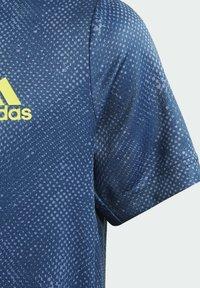 adidas Performance - Camiseta estampada - blue - 6