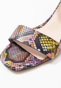 CAFèNOIR - Sandaalit nilkkaremmillä - multicolor/rosa - 2