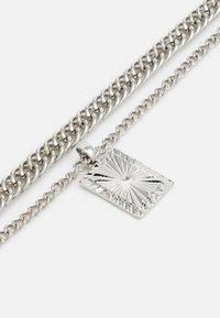 Topshop - ENGRAVED - Halskæder - silver-coloured - 2