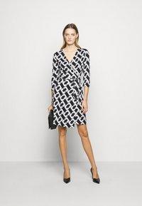 Diane von Furstenberg - NEW JULIAN TWO - Jersey dress - black/white - 1