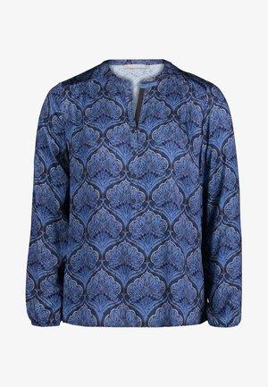 MIT KNOPFLEISTE - Blouse - blue/grey