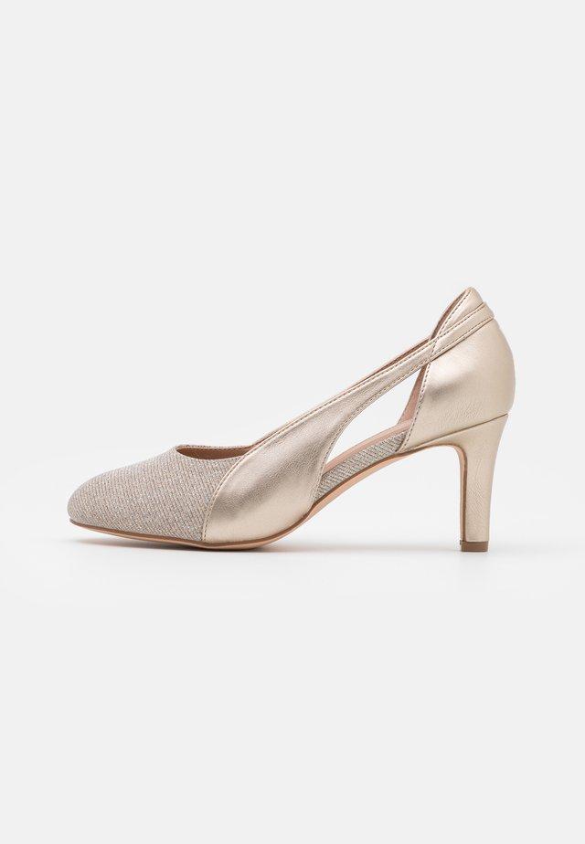 Classic heels - gold