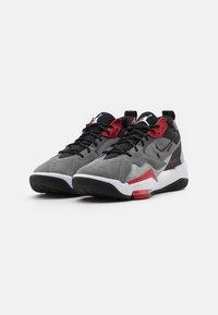 Jordan - ZOOM '92 - Sneakersy wysokie - smoke grey/black/gym red/white - 1