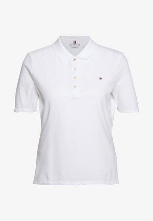 ESSENTIAL - Poloskjorter - white
