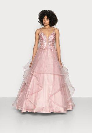 Společenské šaty - rosé