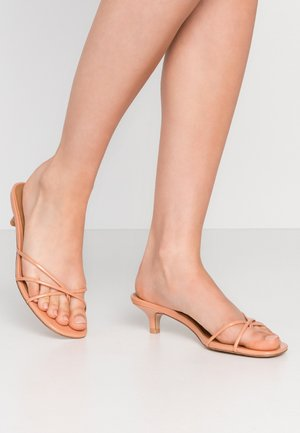 ADDISON - T-bar sandals - peach/tan
