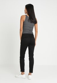 Marc O'Polo - PANTS FIT LAXA CASUAL - Trousers - black - 2