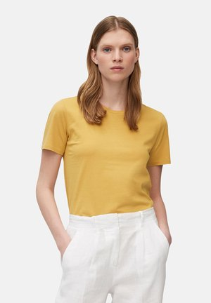 Basic T-shirt - sweet corn