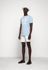 Les Deux - ENCORE  - Print T-shirt - light blue melange - 1