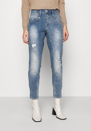 SHYRA CROPPED STRETCH - Relaxed fit jeans - blend destroy