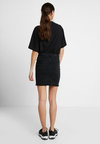 Pieces - PCAIA SKIRT  - Pencil skirt - black denim - 2