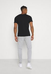 Only & Sons - ONSCERES LIFE PANTS 2 PACK - Träningsbyxor - black/grey - 2
