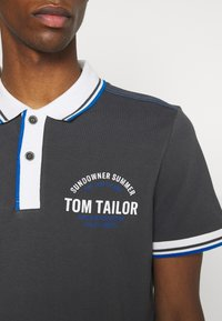 TOM TAILOR - DECORATED - Polo - tarmac grey - 4