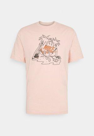 TEE FUTURA TREE - Camiseta estampada - arctic orange