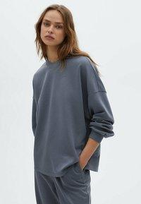 Massimo Dutti - Sweatshirt - dark blue - 0