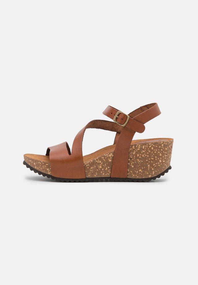JILL - Platform sandals - whisky