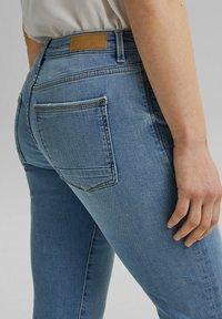 Esprit - Slim fit jeans - blue light washed - 5