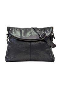 Gusti Leder - Across body bag - black - 2