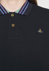 Vivienne Westwood - CLASSIC STRIPE COLLAR - Polo shirt - navy - 5