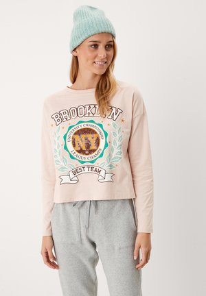 Long sleeved top - light nude placed print