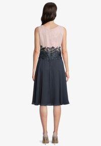 Vera Mont - Cocktail dress / Party dress - grey rosé - 1