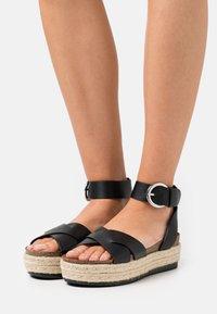 ONLY SHOES - ONLMAUVE WRAP  - Korkeakorkoiset sandaalit - black - 0