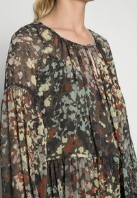 Esprit Collection - Maxi dress - dark khaki - 4