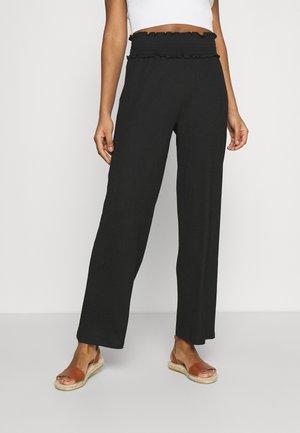 VMDITTE PANT - Pantaloni - black
