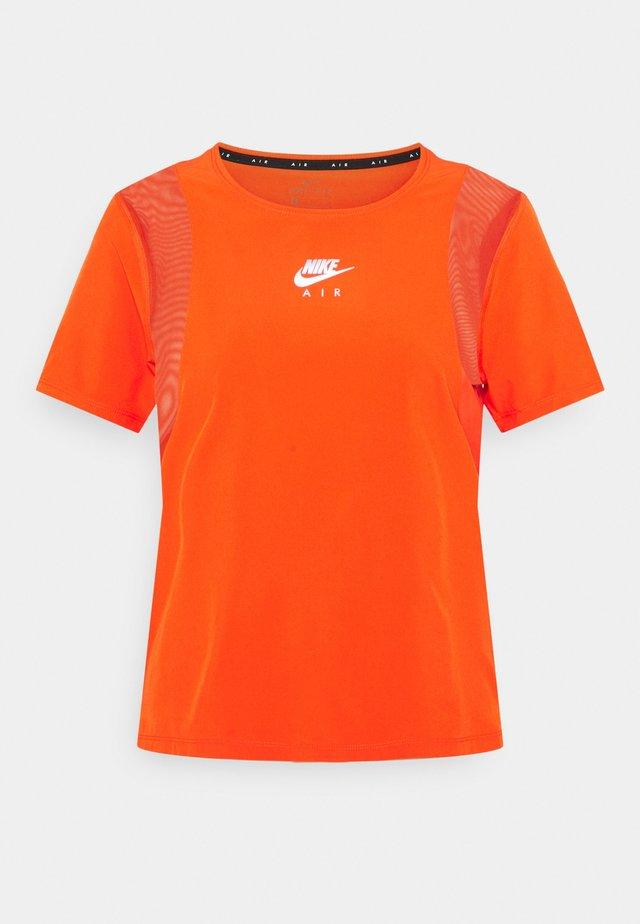AIR - T-shirt print - team orange/reflective silver