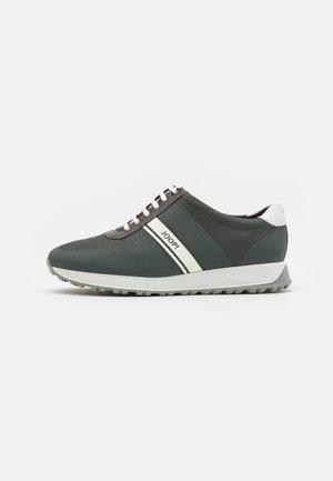 TELA HANNIS - Sneakers laag - grey