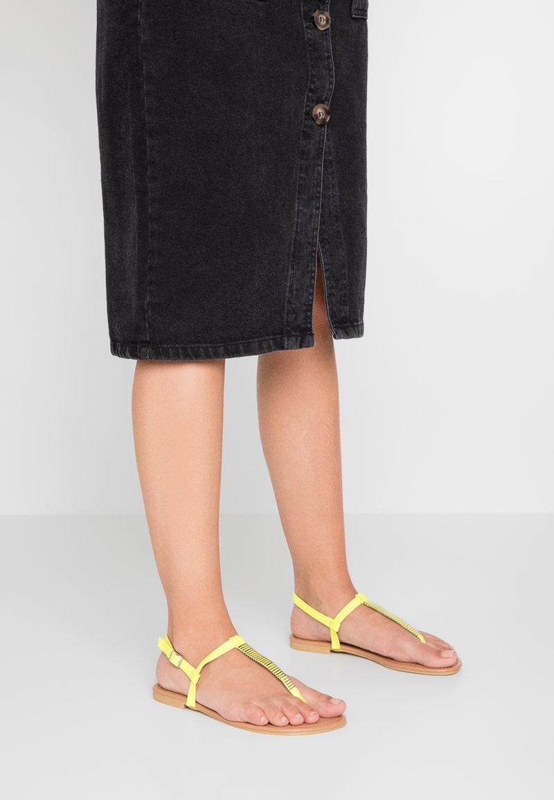 New Look Wide Fit - WIDE FIT HETALLIC - T-bar sandals - light green