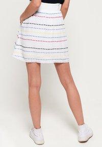 Superdry - GESMOKTER  - A-line skirt - white geo - 2