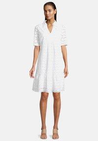 Betty & Co - Day dress - weiß - 0