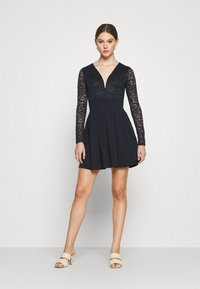 WAL G. - VIVTORIA PLUNGE SKATER DRESS - Cocktail dress / Party dress - navy blue - 1