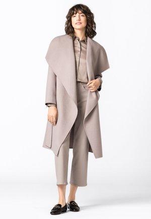 Classic coat - kitt