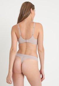 Calvin Klein Underwear - THONG - Thong - grey - 2