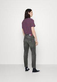 Tommy Jeans - DAD REGULAR - Straight leg jeans - denim - 2