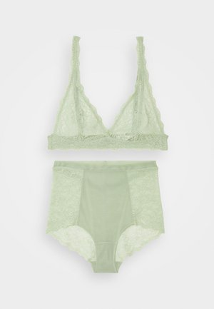 HIGHWAIST SET - Triangle bra - green light