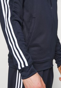 adidas Performance - 3STRIPES AEROREADY ATHLETICS SPORT TRACKSUIT - Verryttelypuku - dark blue - 7