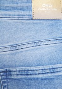ONLY Carmakoma - CARWILLY LIFE  - Jeans Skinny Fit - light blue denim - 5
