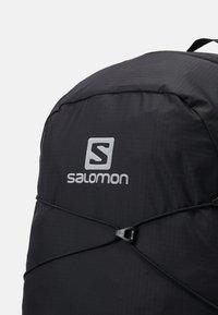 Salomon - XT 15 UNISEX - Tagesrucksack - black - 7